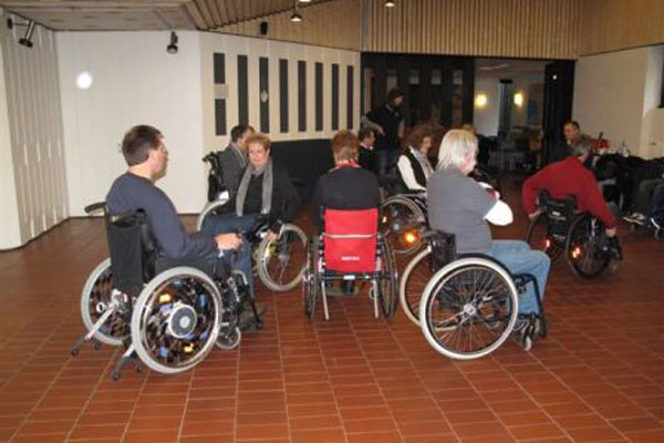 Rollstuhltraining 01